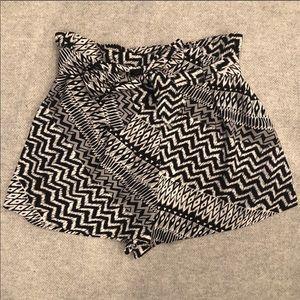 Monteau Tie Waist Shorts